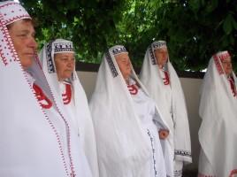 Strój biłgorajski. 48. Ogólnopolski Festiwal Kapel i Śpiewaków Ludowych, Kazimierz Dolny. fot. Małgorzata Kunecka/SPE