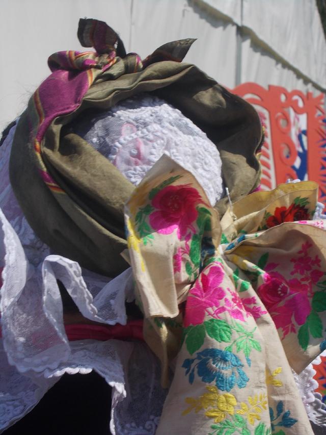 Biskupianka w czepcu, Ogólnopolski Festiwal Kapel i Śpiewaków Ludowych w Kazimierzu Dolnym, czerwiec 2014 r., fot. D. Kunecki