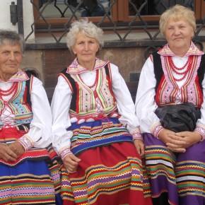 Zespół Blinowianki z Blinowa k. Kraśnika. Ogólnopolski Festiwal Kapel i Śpiewaków Ludowych w Kazimierzu Dolnym, czerwiec 2014 r., fot. M. Kunecka